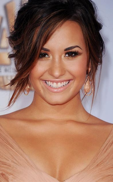 Demi-Lovato-Alma-Awards-2011