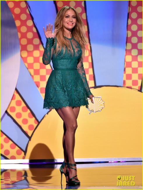 jennifer-lopez-teen-choice-awards-2014-01